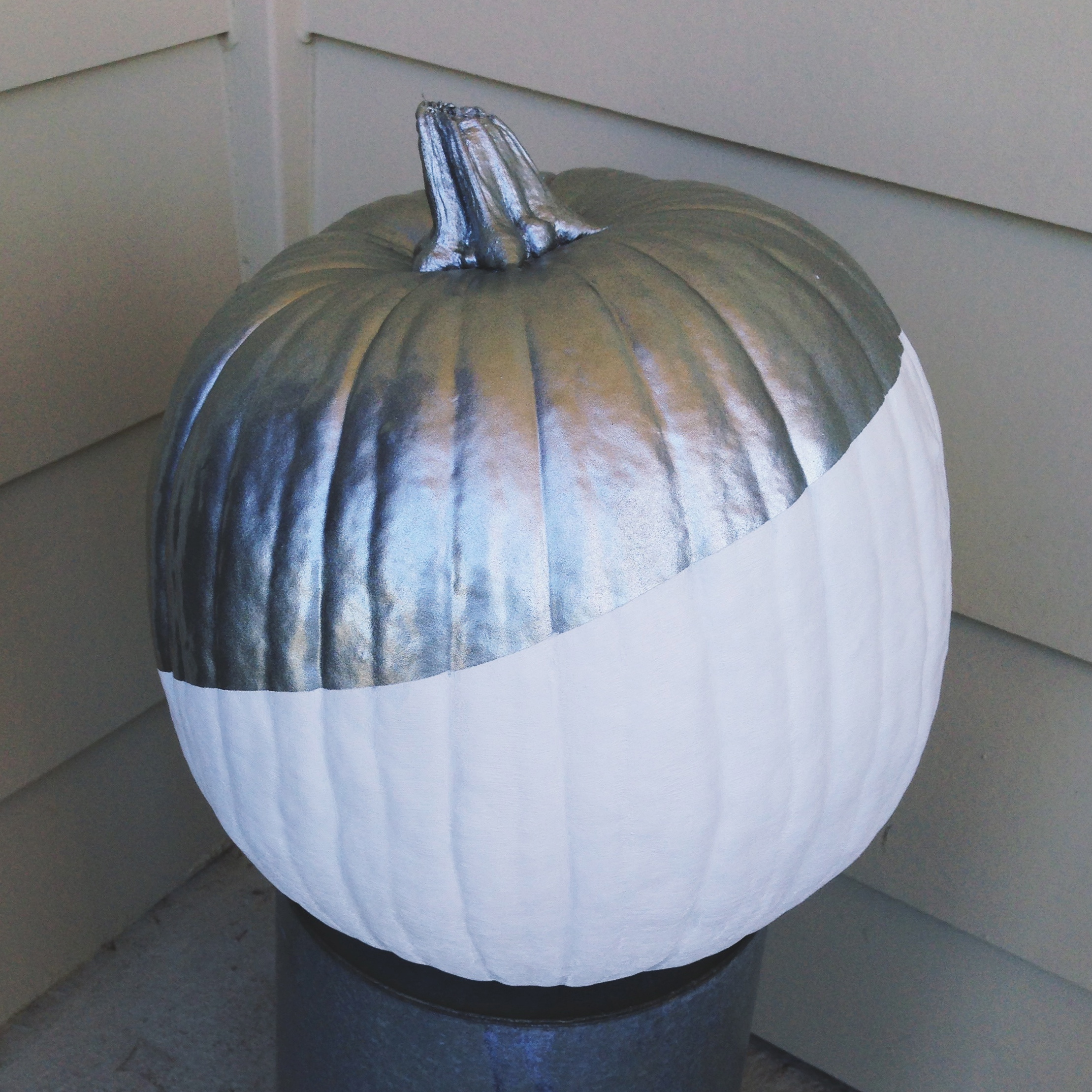 Modern Paint Dipped Pumpkins | Hello Homebody
