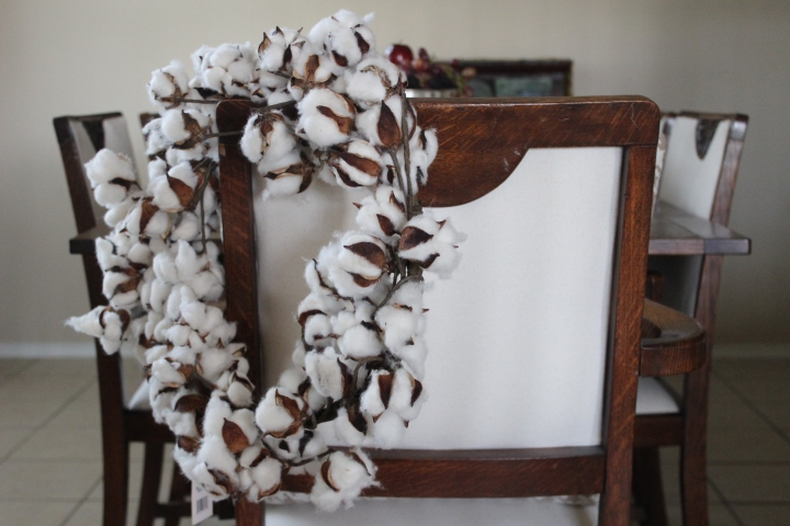 Cotton Fall Wreath www.gustoandgraceblog.com