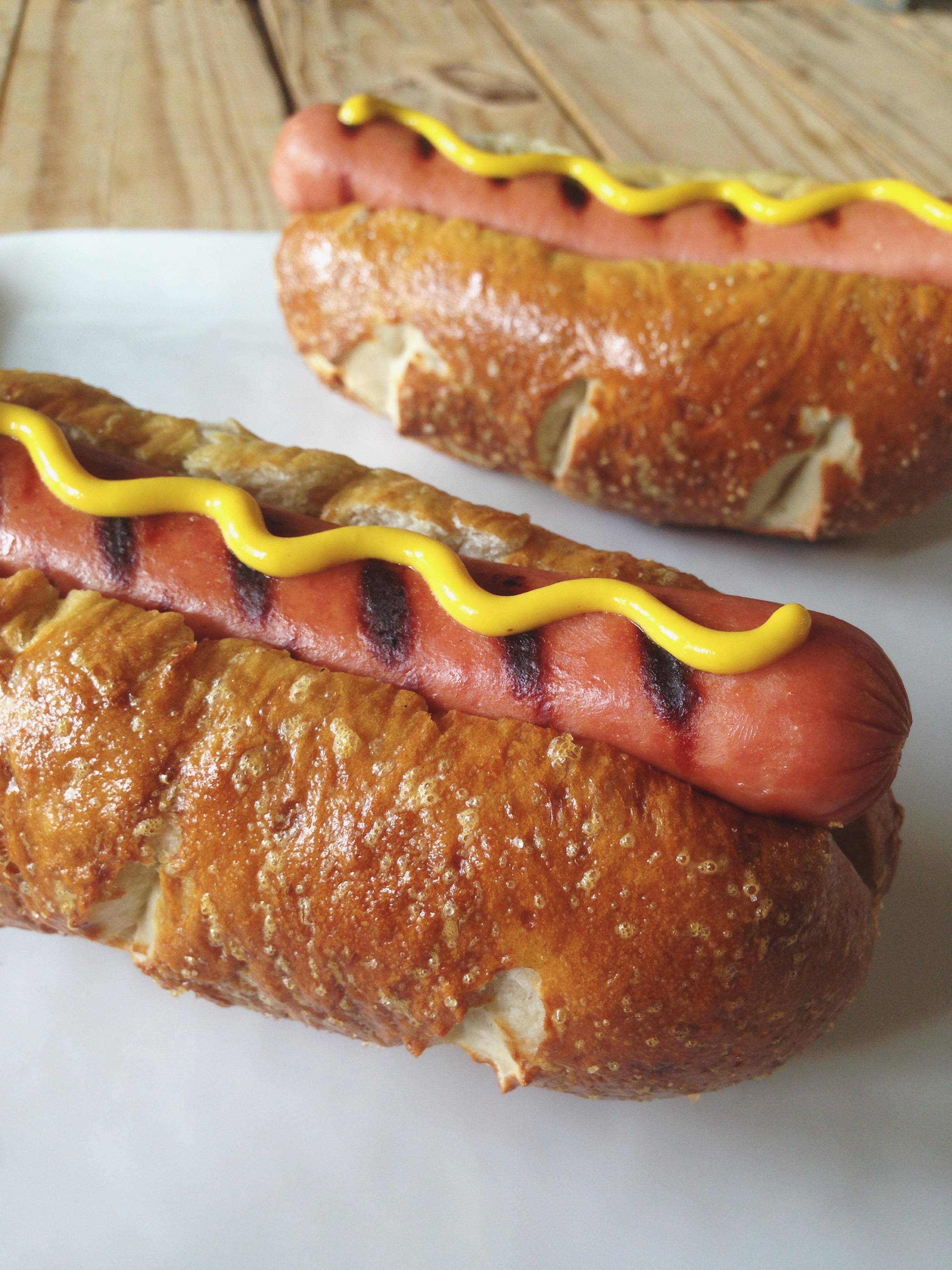 Easy Pretzel Hot Dog Buns | Hello Homebody