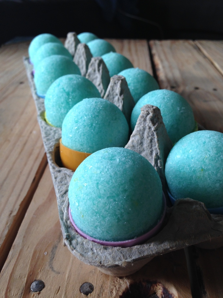 DIY Mint Bath Bombs