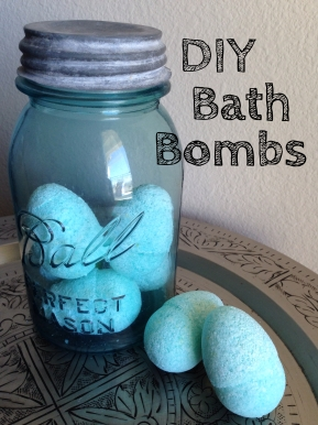 DIY Mint Bath Bomb Eggs