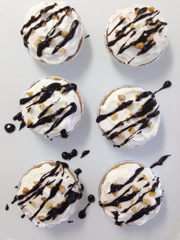 No-Bake Mini Banana Split Desserts